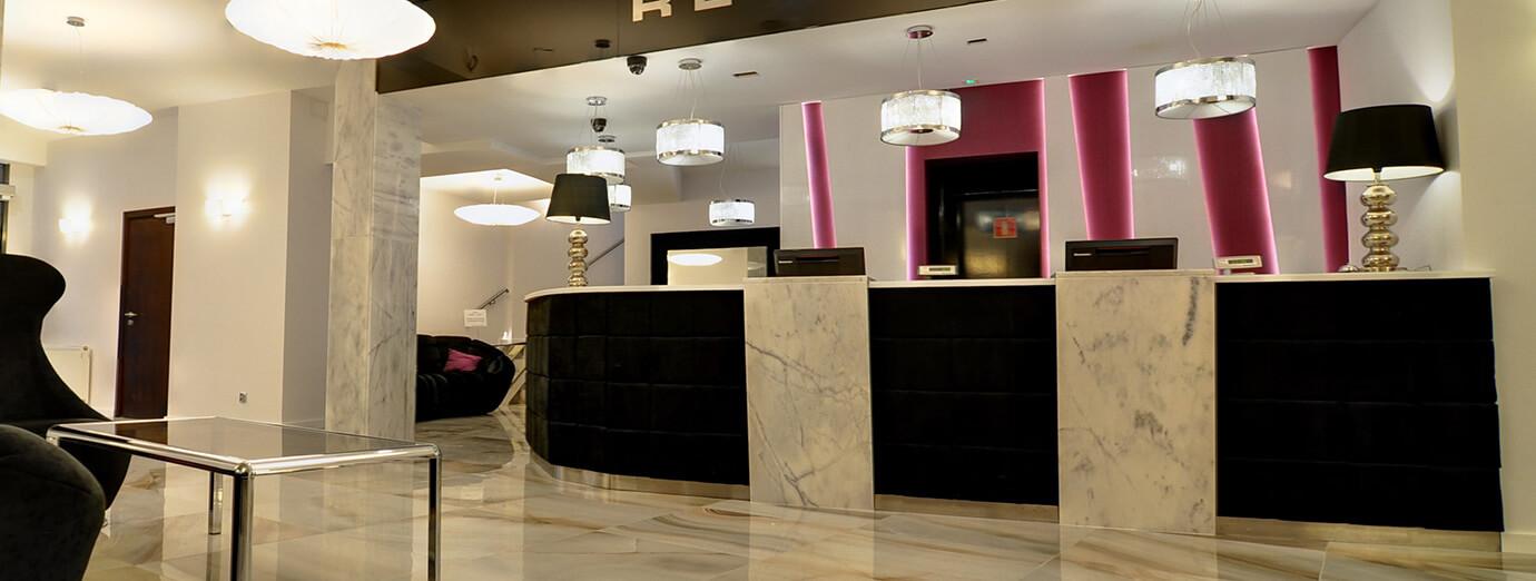 Primavera Jastrzębia Góra recepcja hotelu