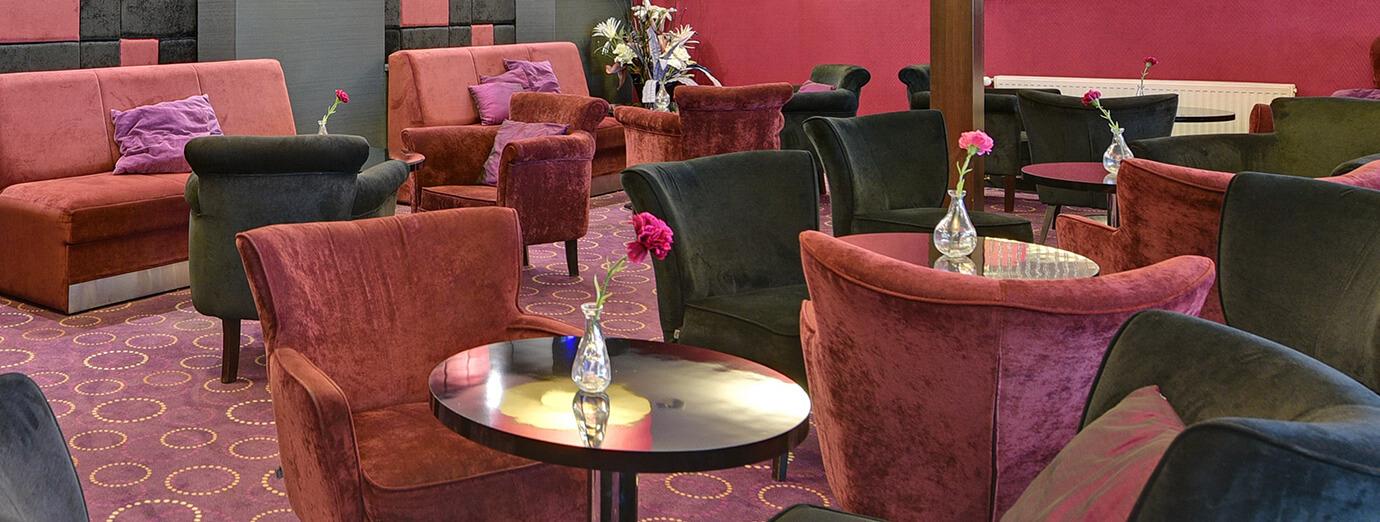 Primavera Jastrzębia Góra lobby bar w hotelu and morzem