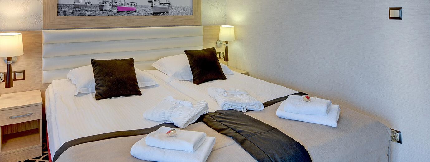 Primavera Jastrzębia Góra pokoje hotelowe nad morzem